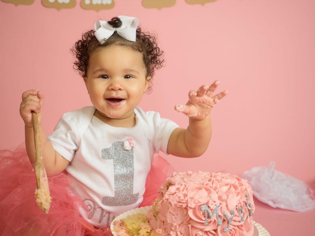 Essex Cakesmash Photographer pink girl cakesmash essex