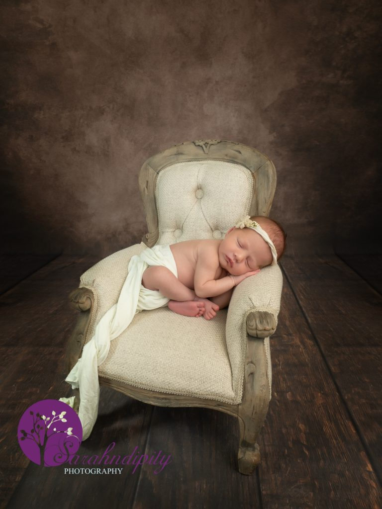 thurrock newborn Newborn Photography sessions at home